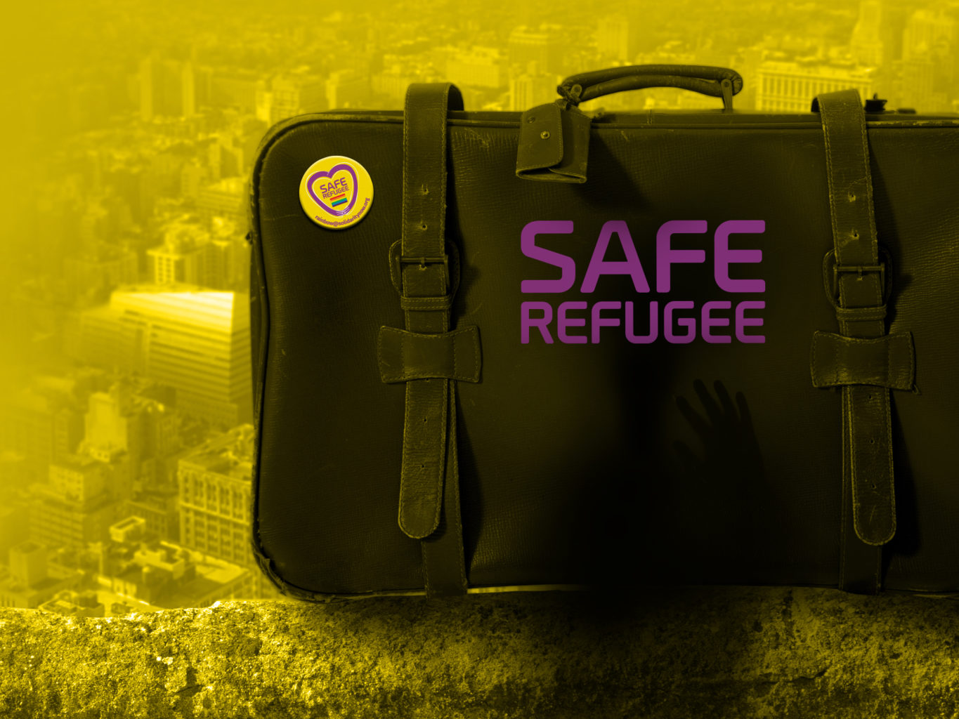 SolidarityNow - Solidarity Center suitcase safe refugee